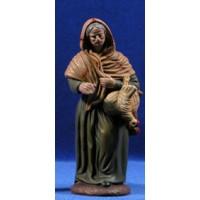 Pastora con gallina 16 cm barro pintado Figuralia