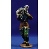 Pastor con cordero 16 cm barro pintado Figuralia