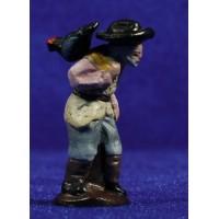 Pastor con pavo 5 cm barro pintado Figuralia