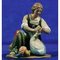 Lavandera 18 cm barro pintado Figuralia