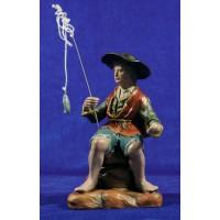 Pescador 18 cm barro pintado Figuralia