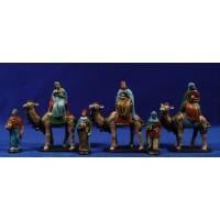 Reyes a camello 7 cm barro pintado Figuralia