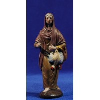 Pastora con gallina 12 cm barro pintado Figuralia