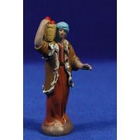 Pastor con cesto 7 cm barro pintado Figuralia