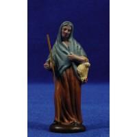 Pastora con gallina 7 cm barro pintado Figuralia