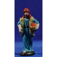 Pastor con cesto 9 cm barro pintado Figuralia