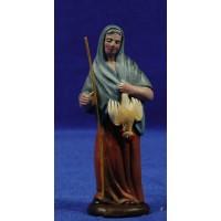 Pastora con gallina 9 cm barro pintado Figuralia