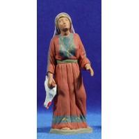 Pastora hebrea con gallina 12 cm barro pintado Delgado