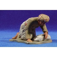 Pastor hebreo adorando con cordero 12 cm barro pintado Delgado