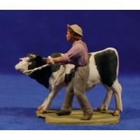 Pastor popular con vaca 8 cm barro pintado Delgado