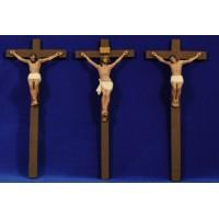 Crucificción con ladrones 13 cm resina estilo Muns