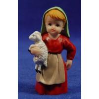 Pastora con cordero naïf 7 cm marmolina Oliver