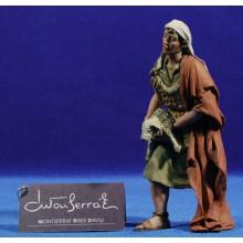 Pastor con cordero 15 cm resina Montserrat Ribes