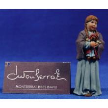 Niña con muñeca 12 cm resina Montserrat Ribes