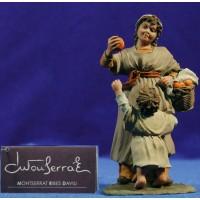 Pastora con niña 20 cm resina Montserrat Ribes