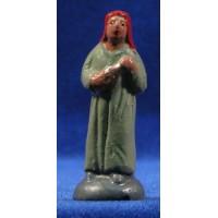 Pastora con objeto 5 cm barro pintado