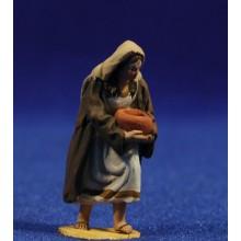 Pastora con jarra semi adorando  4 cm barro pintado De Francesco