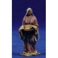 Pastora con bandeja con ropa 5,5 cm barro pintado De Francesco