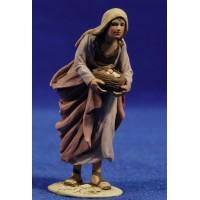 Pastora con bandeja 8 cm barro pintado De Francesco