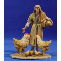 Pastora con gallinas 10 cm barro pintado De Francesco