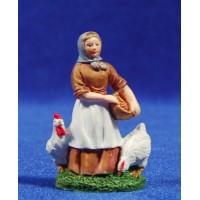Pastora con gallinas 6 cm resina
