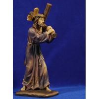 Jesús con la cruz Nazareno 28 cm resina