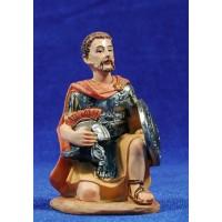 Soldado romano arrodillado 11 cm resina