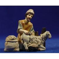 Pastor hebreo esquilando cordero 11 cm resina