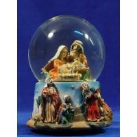 Bola de nieve nacimiento y reyes 15 cm resina y cristal