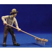 Campesino con rastrillo 11 cm resina