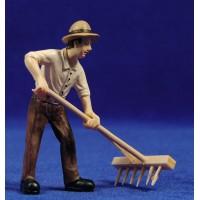 Campesino con rastrillo 9 cm resina